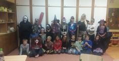 V pátek 1.11. jsme si užili Dušičkovo-halloweenskou party abyli jsme krásní astrašidelní!